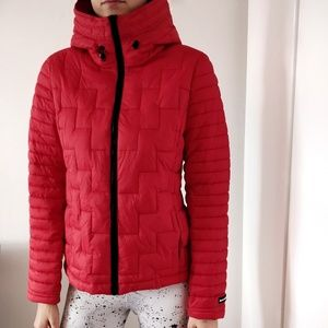 NEW DKNY quilted lightweight red puffer jacket - S